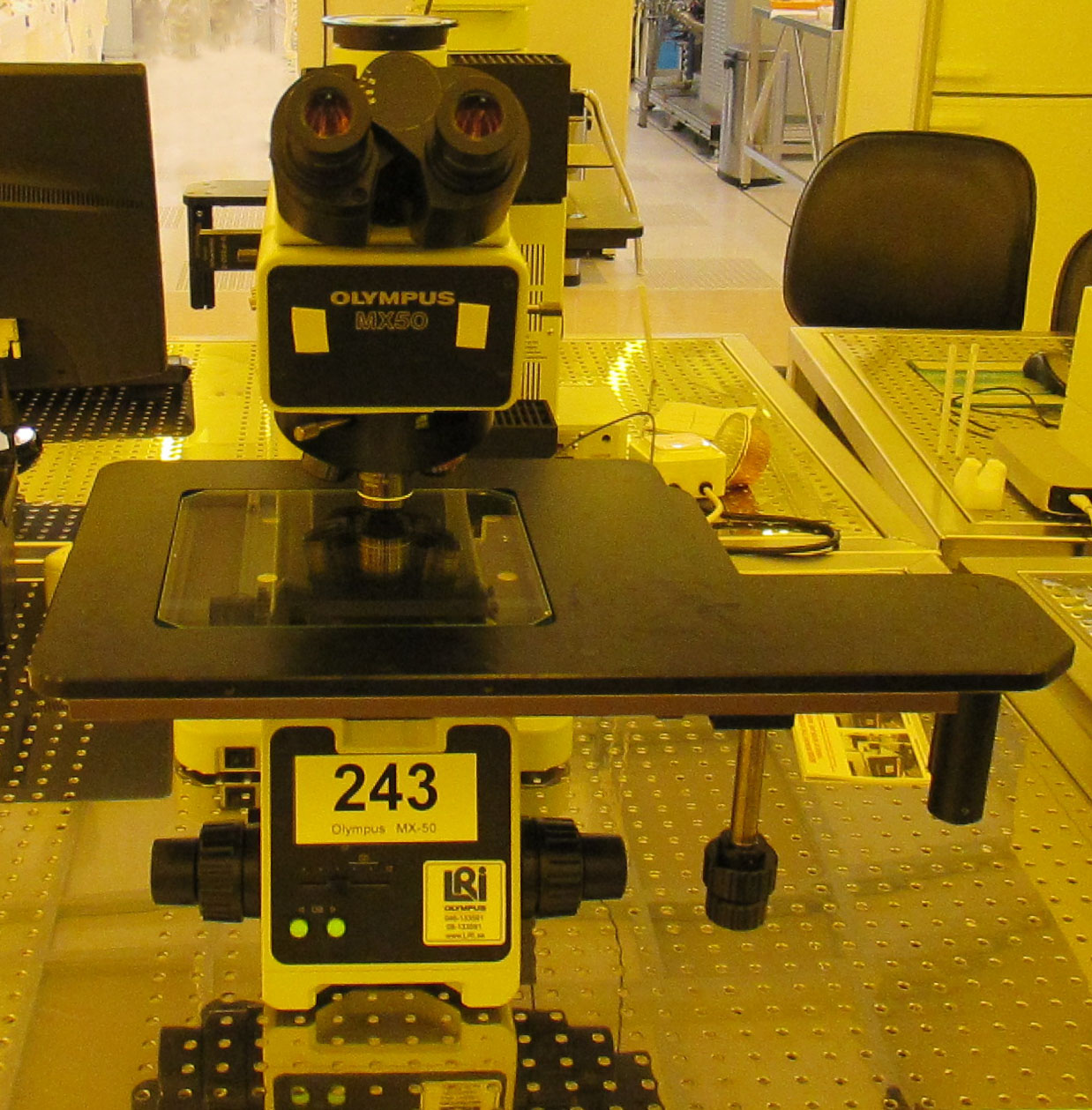 Picture of Microscope - Olympus MX50 - Nano area